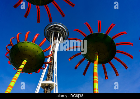 'Sonic Bloom' sculptures by Dan Corson, and Space Needle. Seattle, Washington, USA. - Stock Photo