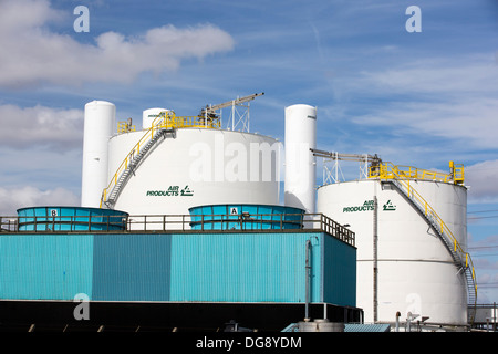 An air products manufacturing plant near Hull, Yorkshire, UK. - Stock Photo