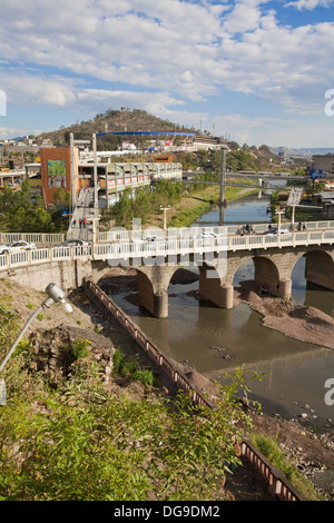 tegucigalpa honduras honduras tegucigalpa buses crossing bridge over rio choluteca