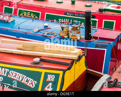 Canal boats and narrow boats in Gas Street Basin, Birmingham City Centre, Midlands, England - Stock Photo