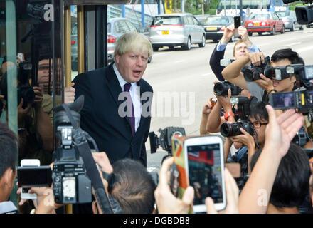 Hong Kong, China, 18th Oct, 2013. Boris Johnson in Hong Kong. MEET THE MEDIA-The Mayor of London arrives at the - Stock Photo
