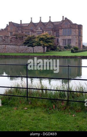 Broughton Castle, Oxfordshire, England, UK - Stock Photo