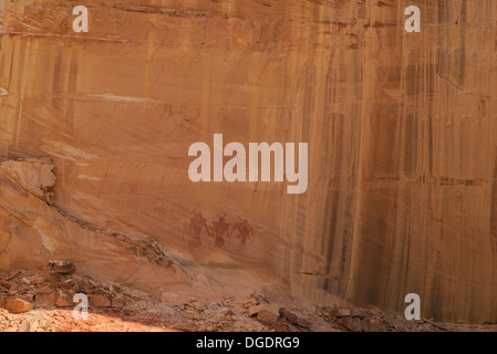 Indian pictographs, near Lower Calf Creek Falls, Grand Staircase Escalante National Monument, Utah, USA - Stock Photo
