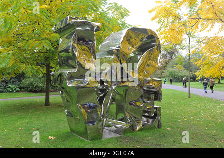 Regents Park, London, UK. 19th October 2013. Love, 2012 by Gimhongsok at the Frieze Art Fair. Credit:  Matthew Chattle/Alamy - Stock Photo