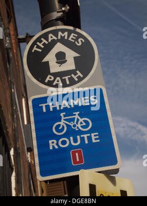 Thames Path Sign, London, England - Stock Photo
