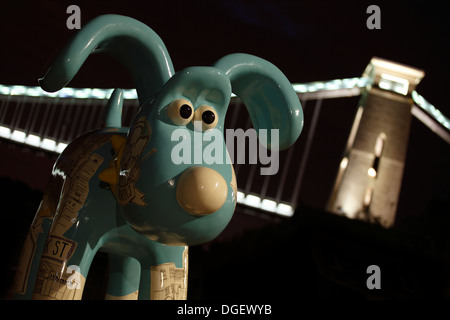 Gromit #53, Ship Shape and Bristol Fashion by Sarah Matthews, at Sion Hill with the Clifton Suspension Bridge behind. - Stock Photo