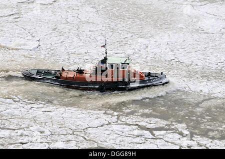 Tug boat, Port of Hamburg in winter, Hamburg - Stock Photo