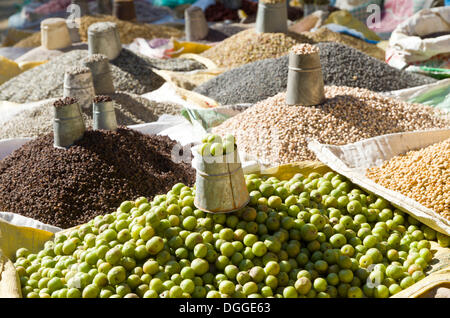 Different types of pulses, dhal, and amlas, displayed for sale, Kathmandu, Kathmandu District, Bagmati Zone, Nepal - Stock Photo