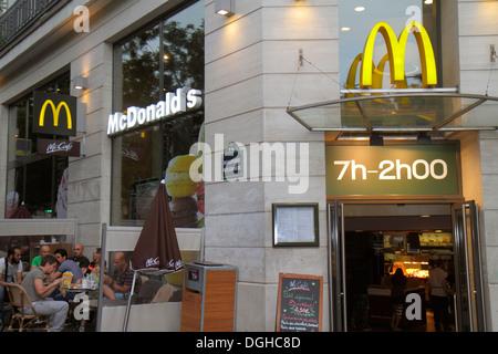 Paris France Europe French 9th arrondissement Boulevard Poissonnière McDonald's fast food restaurant exterior front - Stock Photo