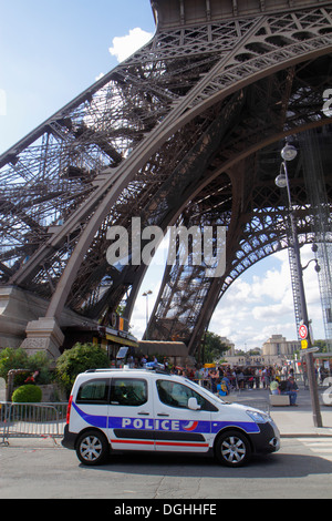 french national police car in paris france stock photo royalty free image 26734777 alamy. Black Bedroom Furniture Sets. Home Design Ideas