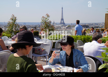 people eating out at the restaurants of le suquet cannes france stock photo royalty free image. Black Bedroom Furniture Sets. Home Design Ideas