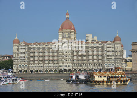 Taj Mahal Hotel, heavily damaged in a terrorist attack in November 2008, reopened in 2010, Mumbai, Maharashtra, - Stock Photo