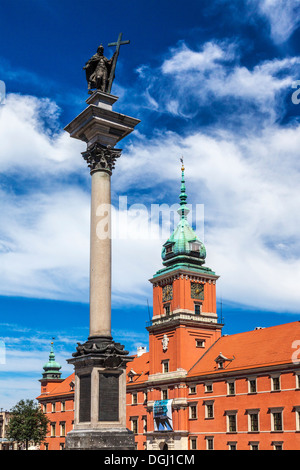 Sigismunds Column and the Royal Castle in Castle Square in Warsaw.