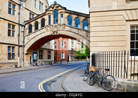 Hertford Bridge known as the Bridge of Sighs at Hertford College. - Stock Photo