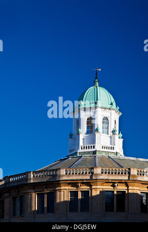 The cupola of the Sheldonian Theatre in Oxford designed by Sir Christopher Wren. - Stock Photo