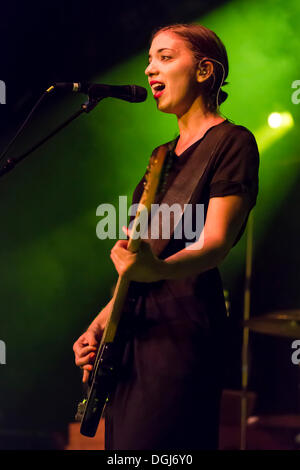 Bassist Betty Fischer from the Swiss indie rock band My Heart Belongs To Cecilia Winter performing live in the Schueuer - Stock Photo