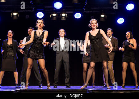 Musical 'Chicago', with Annette Krossa as Roxie Hart and Natascha-Cecilia Hill as Velma Kelly, live performance - Stock Photo