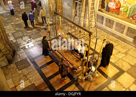 Stone of Anointing or the Stone of Unction, Church of the Holy Sepulchre, Jerusalem, Yerushalayim, Israel, Middle - Stock Photo