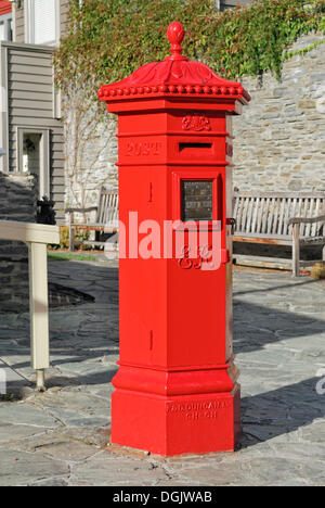 Historic letter box, Buckingham Street, Arrowtown, South Island, New Zealand - Stock Photo