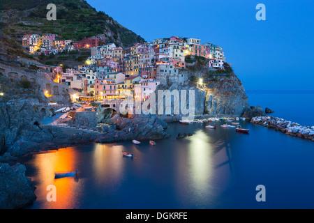 Clifftop village of Manarola in the Cinque Terre. - Stock Photo
