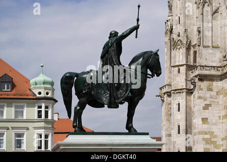 Equestrian statue of King Ludwig I, cathedral square, Regensburg Cathedral of St. Peter, old town, Unesco World - Stock Photo