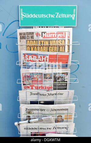 Magazine rack with German and Turkish newspapers, Wilhelmsburg, Hamburg, Hamburg, Germany - Stock Photo