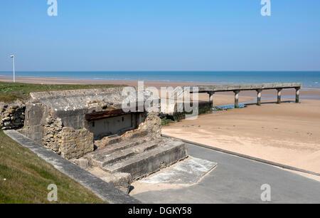 Bunker and landing bridge at 'Omaha Beach', Vierville-sur-Mer, Normandy, France, Europe - Stock Photo