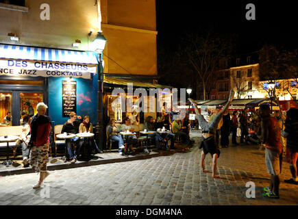 Cafe bars bistros and restaurants on the waterfront canal du thiou stock phot - Restaurant thiou paris ...