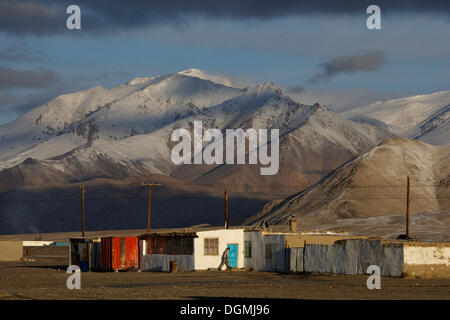 Alichur on the Pamir Highway M41, Pamir, Tajikistan, Central Asia, Asia - Stock Photo