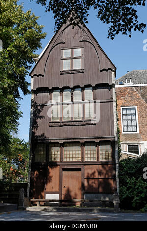 Oldest wooden gable in Middelburg, Walcheren, Zeeland, Netherlands, Europe - Stock Photo