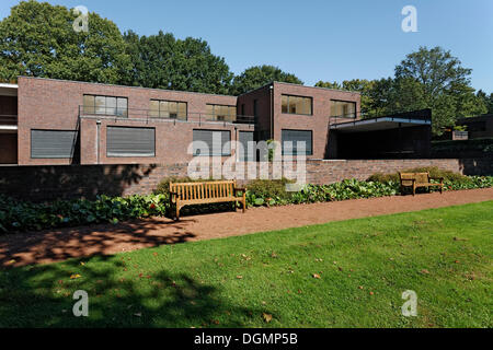 mies van der rohe haus esters 1928 1930 stock photo royalty free image 54288853 alamy. Black Bedroom Furniture Sets. Home Design Ideas