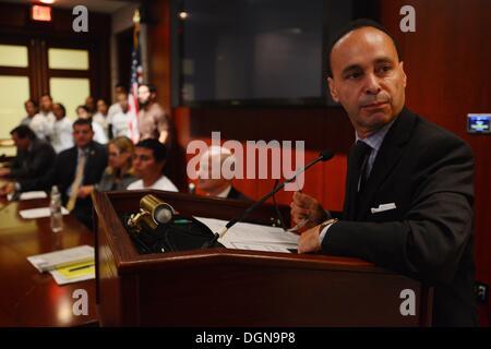 Oct. 23, 2013 - Washington, District of Columbia, US - Congressman LUIS GUTIERREZ (D-IL), talks about immigration - Stock Photo