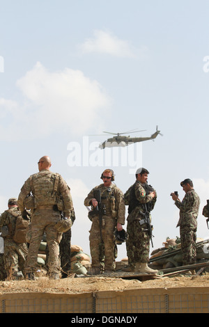 U.S. Army soldiers with Task Force Vanguard, and Afghan National Army soldiers with the 4th Brigade, 203rd Corps, - Stock Photo