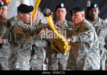 The commander of 4th Attack Reconnaissance Squadron, 6th Cavalry Regiment, Lt. Col. Brian Watkins, and the senior - Stock Photo