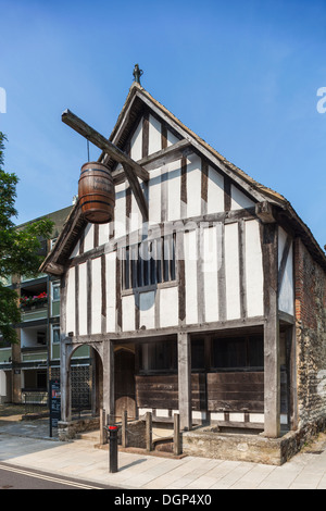 England, Hampshire, Southampton, The Medieval Merchants House - Stock Photo