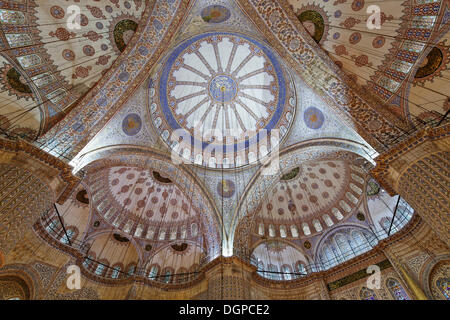 Main dome of the Blue Mosque, Sultan Ahmed Mosque or Sultanahmet Camii, Istanbul, european side, Turkey, Europe - Stock Photo