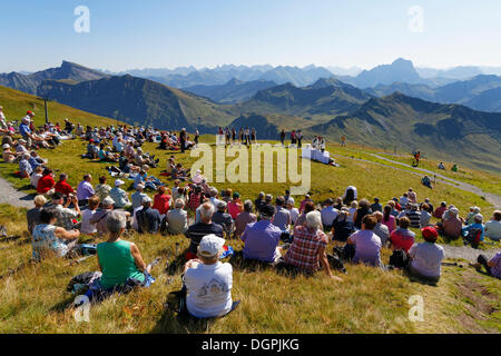 Mountain mass during a meeting of alphorn players, Diedamskopf, Schoppernau, Bregenzerwald, Bregenzer Wald, Vorarlberg, - Stock Photo