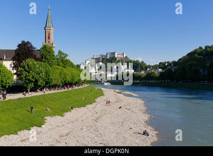 View from the Muellnersteg bridge over the Salzach River towards the historic town centre, with Christ Lutheran - Stock Photo