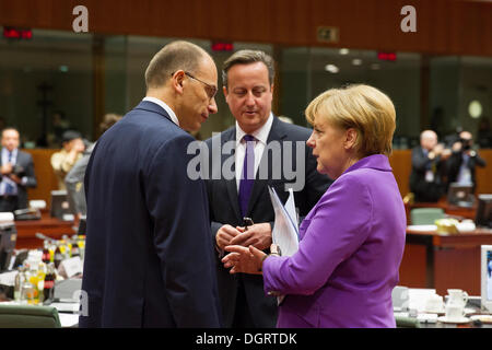 25th Oct, 2013. Heads of State at the European Council meeting, Brussels. Pictured at the European Council meeting - Stock Photo