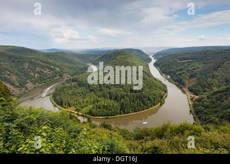 Mettlach loop of the Saar river as seen from Cloef viewpoint, Orscholz district, Mettlach, Saarland - Stock Photo