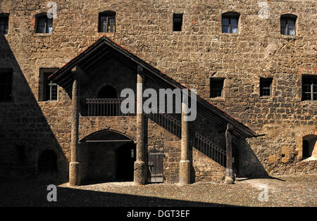 Covered staircase in the courtyard of the main castle, 1525, castle No. 48, Burghausen, Upper Bavaria - Stock Photo