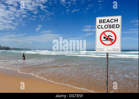 Sign, No swimming, beach closed, Manly Beach, North Sydney, New South Wales, NSW, Pacific Ocean, Australia Stock Photo