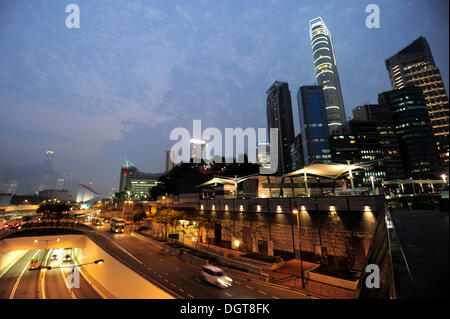 A highway underpass in the evening, Salisbury Road, Tsim Sha Tsui, Kowloon, Hong Kong, China, Asia - Stock Photo