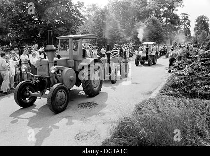 Lanz Bulldog Parade, grounds of the Agricultural Exhibition AGRA, Markkleeberg, near Leipzig, East Germany, GDR, - Stock Photo
