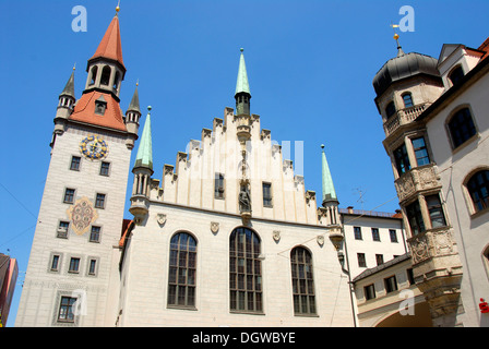 Late Gothic architecture, Old Town Hall and Talburgtor tower, oriel, historic centre, Munich, Upper Bavaria - Stock Photo