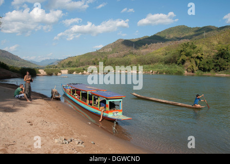 Tourist boat at rest on the river Nam Ou, at Nong Khiao, Khiaw Nong, Luang Prabang province, Laos, Southeast Asia, Asia
