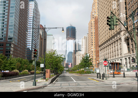 Looking along the West Side Highway towards a high-rise construction site, One World Trade Center, Freedom Tower - Stock Photo