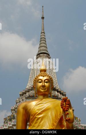 Theravada Buddhism, golden Buddha statue, stupa, Phra Chedi, prang, Wat Arun, Bangkok, Thailand, Southeast Asia, - Stock Photo