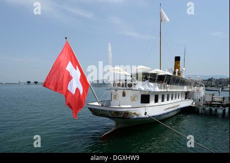 Old steamer on Lake Geneva, Geneva, Switzerland, Europe - Stock Photo