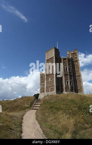 The well-preserved polygonal keep of Orford castle, built by Henry II of England between 1165 and 1173 - Stock Photo